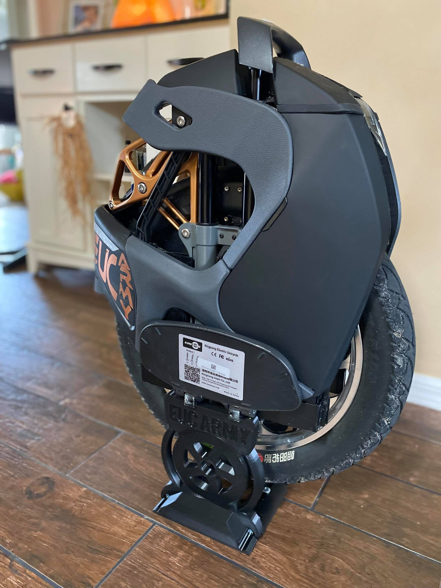 EUC Stand 3.9 Tall Boy Adjustable XS - Fits ALL wheels